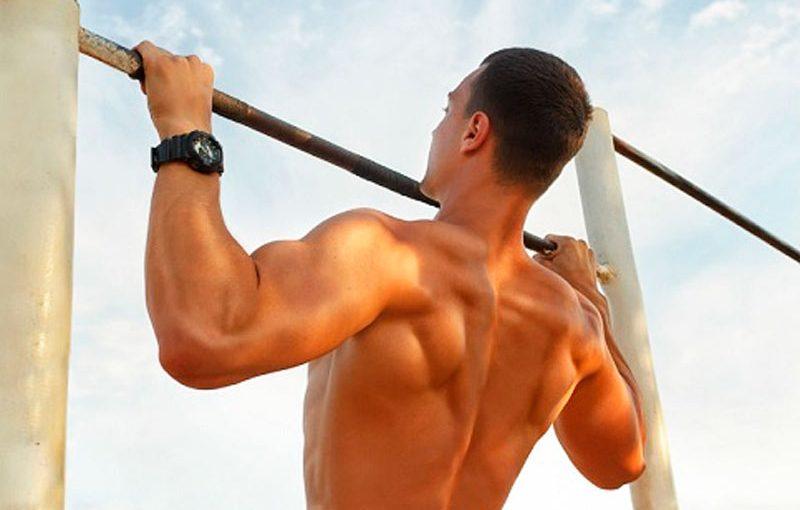 Упражнения на широчайшие: действенная техника укрепления мышц