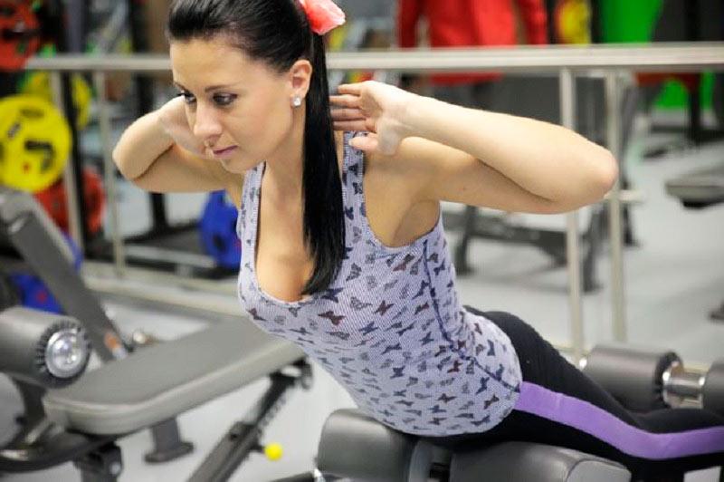 Тренировка рук, спины, плеч